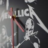 Reloj de pared Metallica grabado